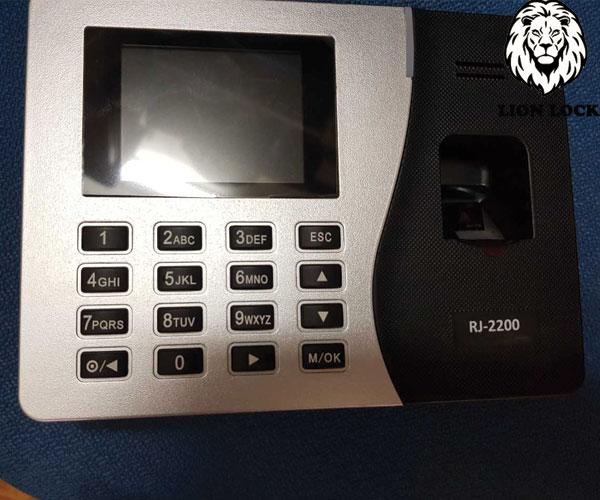 Hình ảnh thực Tế Ronald Jack 2200